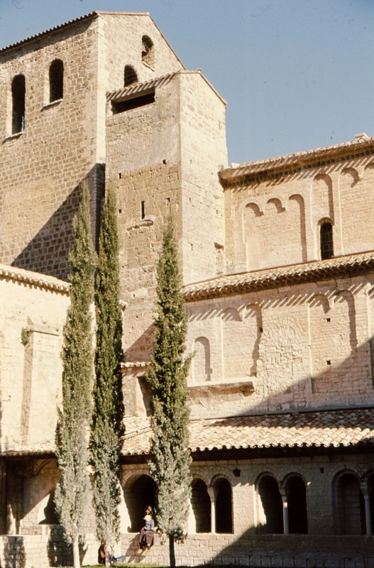 09-Eglise de Saint-Guilhem-le-Désert