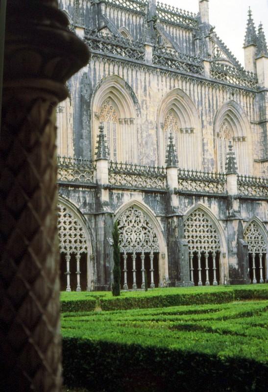 1987 Portugal -Bathala, le cloître