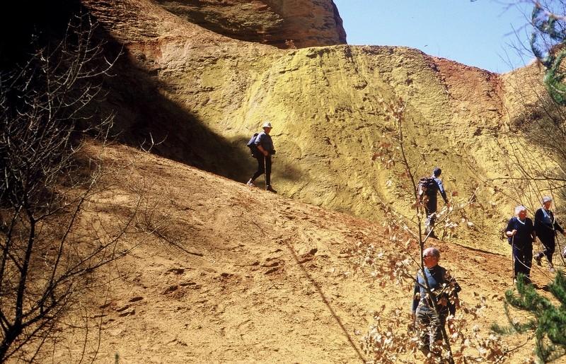 1986 Colorado provençal Aux Ocres de Roussillon Groupe CLV