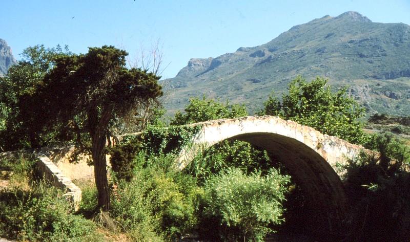 14- Vieux pont vers Préveli