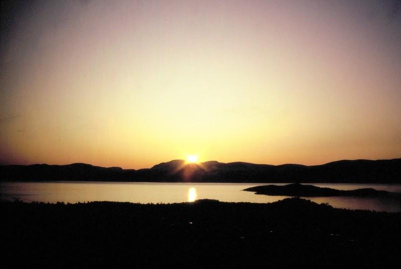 015- Soleil de Minuit à Abisko en Laponie suédoise
