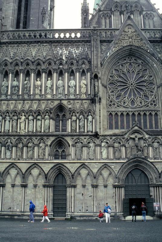 023- la cathédrale de Trondheim