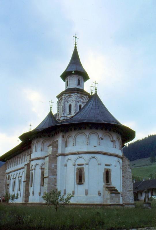 1993 31 monastère de Putna