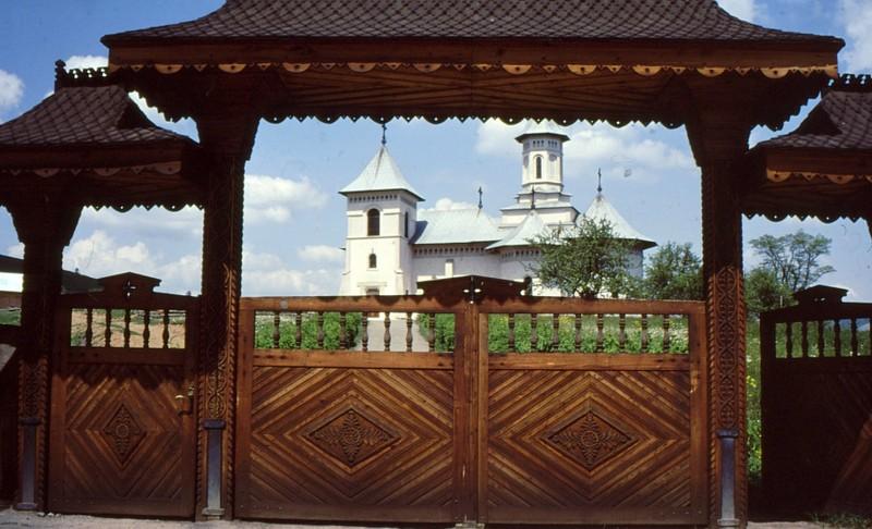 1993 35 Monastère Humor