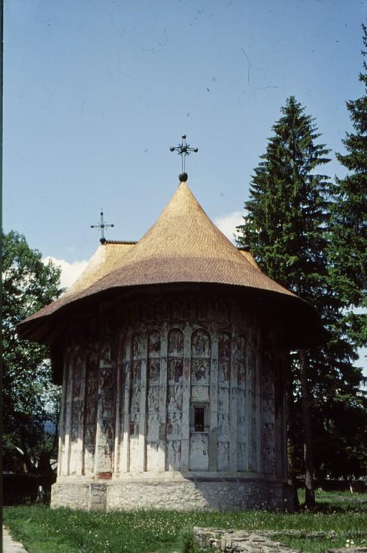 1993 36 Monastère Humor