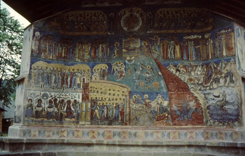 1993 39 Monastère Voronet3