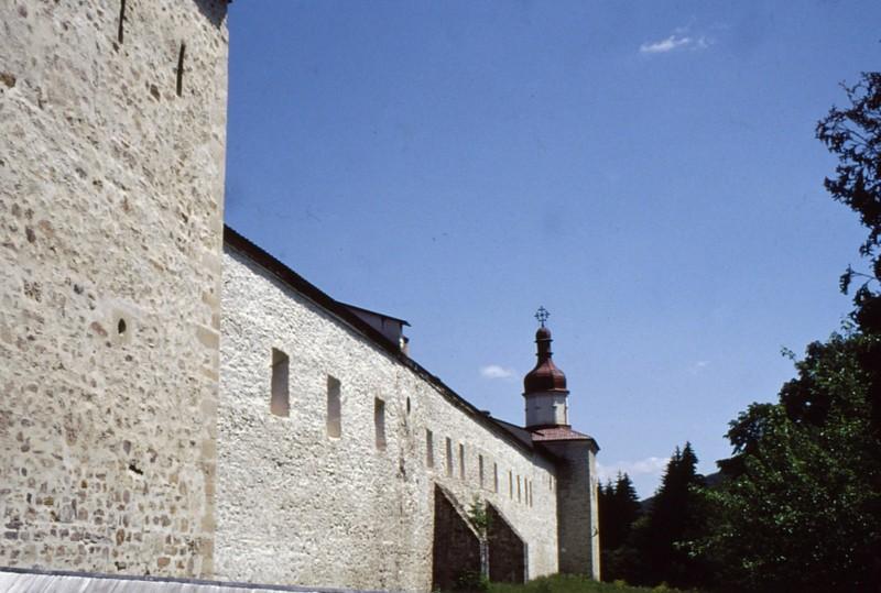 1993 51 Monastère Sucu