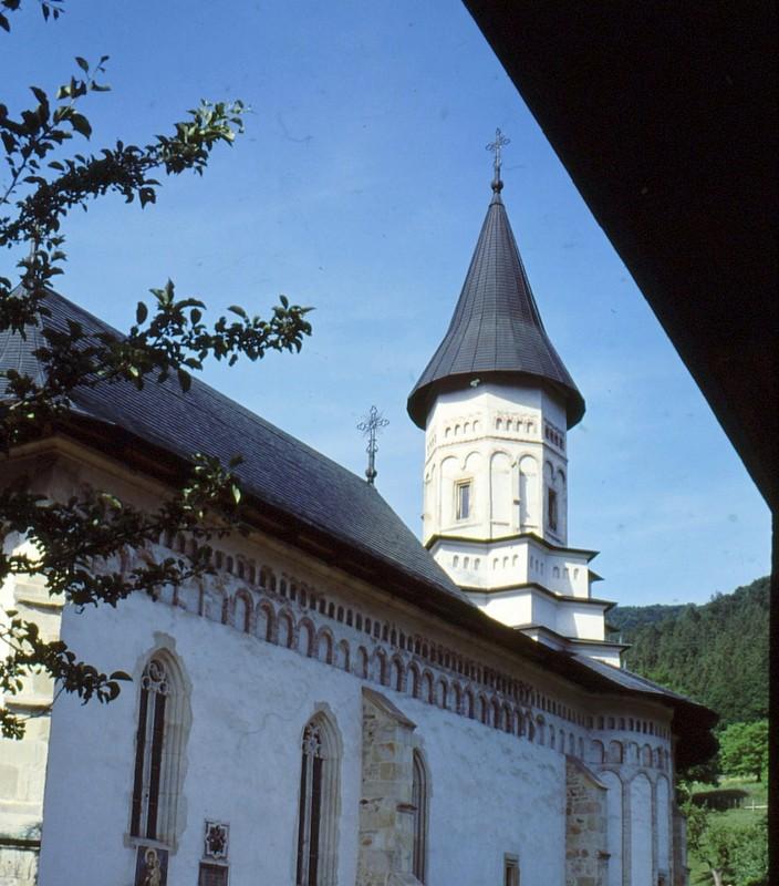 1993 63 Monastère de Bistrita Eglise de la Dormition