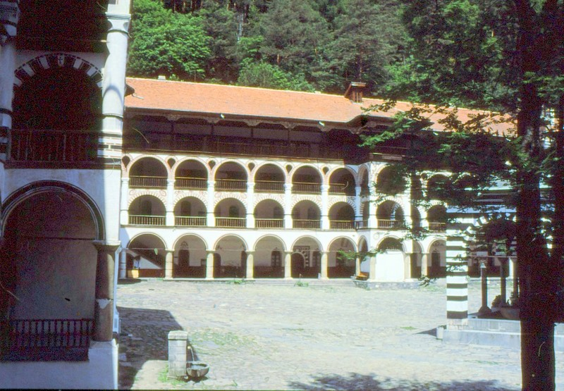 04-rila-monast2