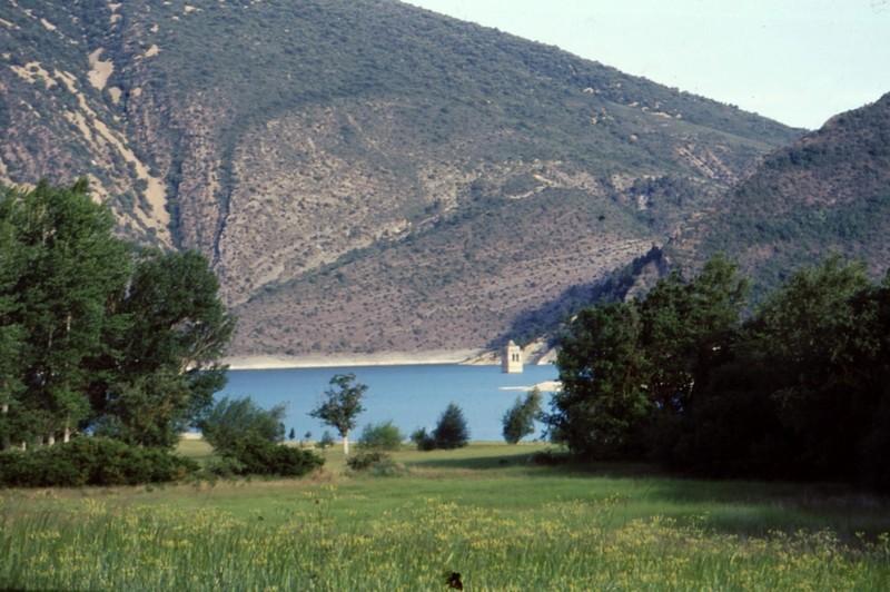 Eglise engloutie du barrage de Mediano