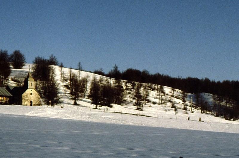 Chapelle du Retord en hiver